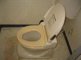 共同トイレ-2
